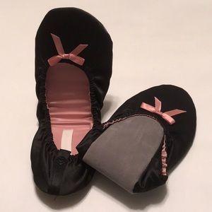 NWT Victoria's Secret Black/Pink Ballet Slippers